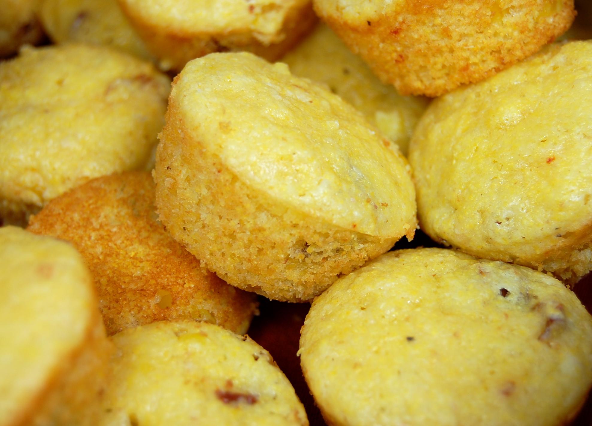 Garlic and Sun-dried Tomato Corn Muffins