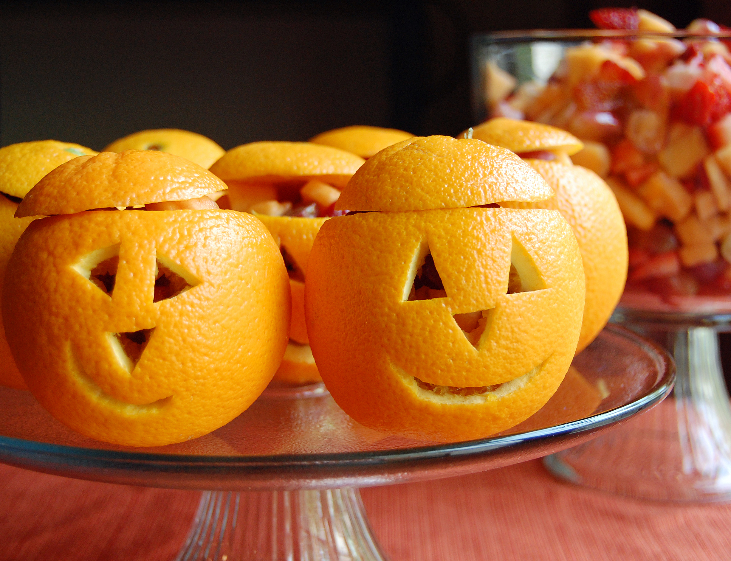 Snack O' Lantern Fruit Cups