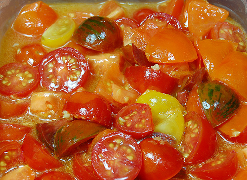 Multi Colored Tomato Sauce