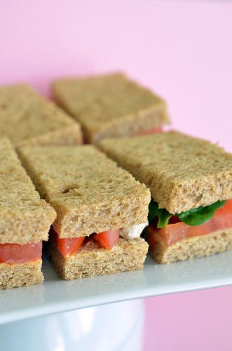 Baby Hummus Sandwiches