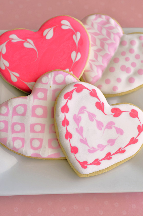 sugar cookie hearts with royal icing