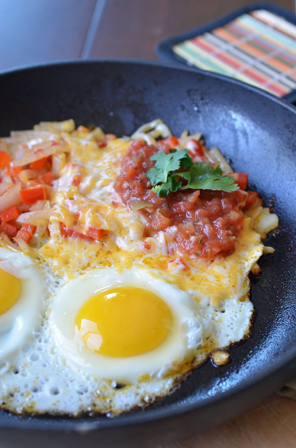 Start your day off right with a zesty breakfast like this Mexican Egg Skillet.  The perfect breakfast for Cinco de Mayo!
