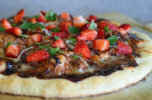 Balsamic Strawberry Pizza2