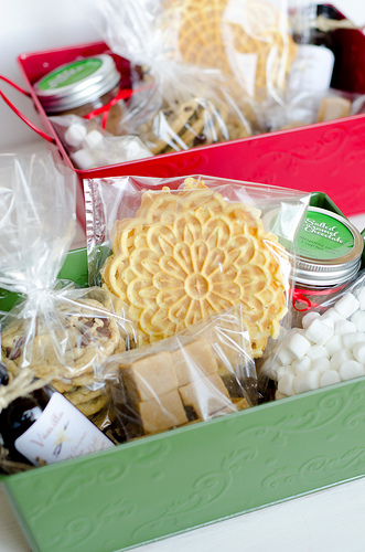 Christmas_Baskets_2011_2