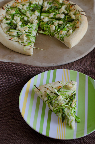 Shaved Asparagus Pizza 10