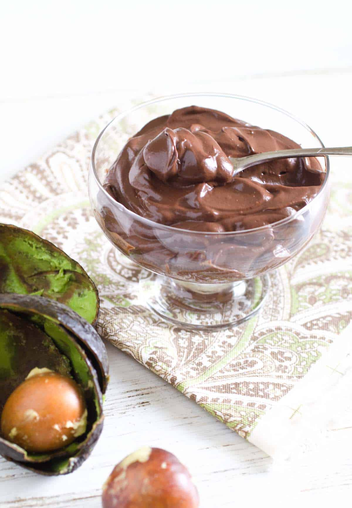 avocado chocolate pudding in a bowl