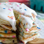 Birthday Cake Pancakes - these fluffy funfetti style pancakes are the best way to celebrate a birthday at breakfast!