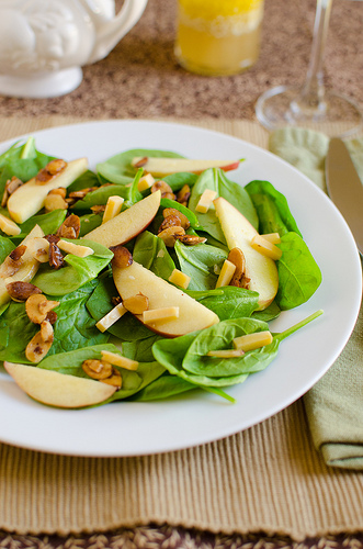 Spinach Apple Salad with Toasted Almonds
