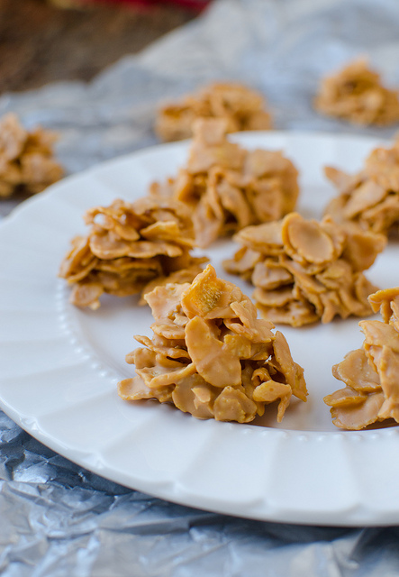 No-Bake Butterscotch Cornflake Cookies