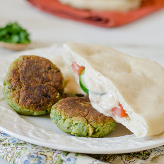 Falafel with Spicy Yogurt Sauce