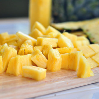 How to Cut and Dice a Pineapple