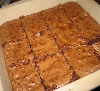 Gooey Yet Cake-Like Brownies