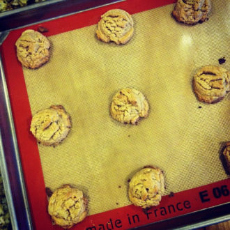 Effortless Flourless Peanut Butter Cookies