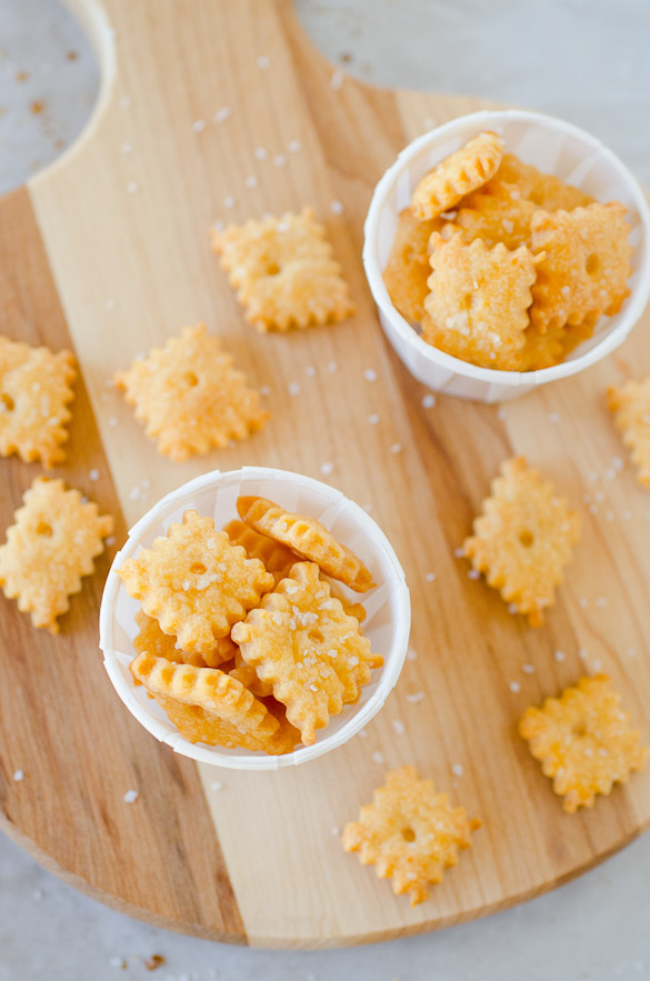 You can make homemade Cheez-It snack crackers with little effort and better fresher taste!