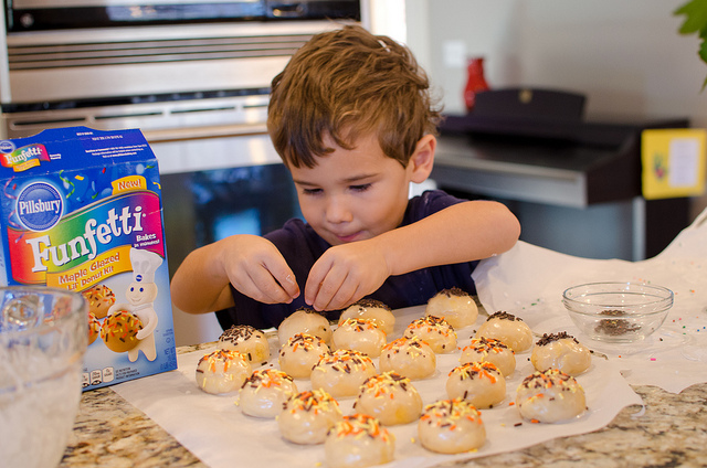 Pillsbury Lil Donut Kit Judah