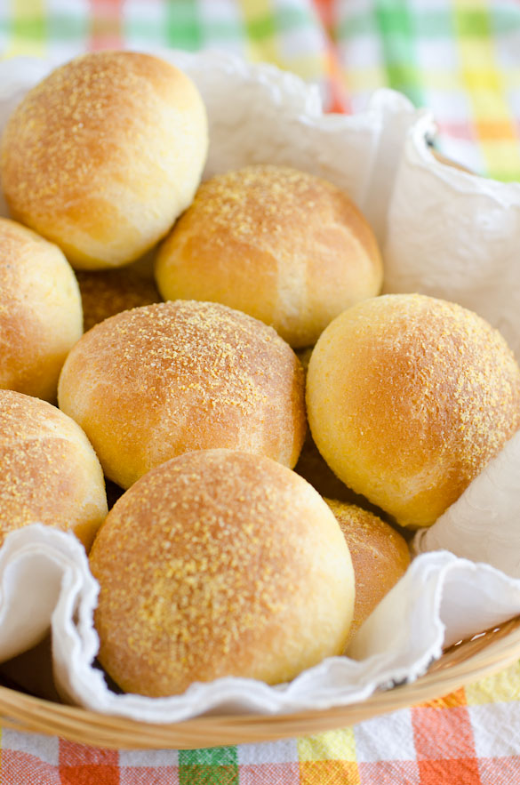 Buttery Cornbread Yeast Rolls for your barbecue sandwich or as a dinner side.  By SeededAtTheTable.com