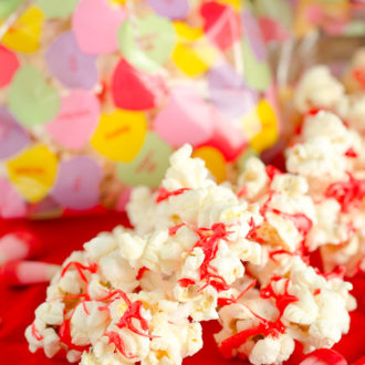 Popcorn with valentine candy