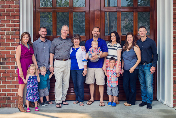 Extended family photo in Wilmington, NC