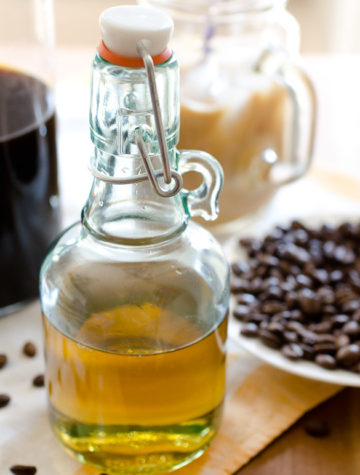 Simple Syrup for Iced Coffee (Liquid Sugar)