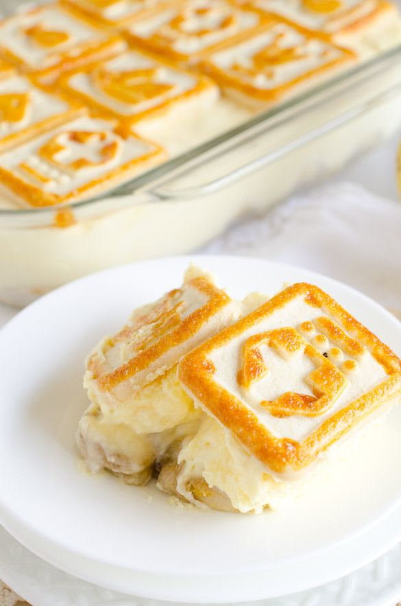 Banana Pudding With Chessmen Cookies