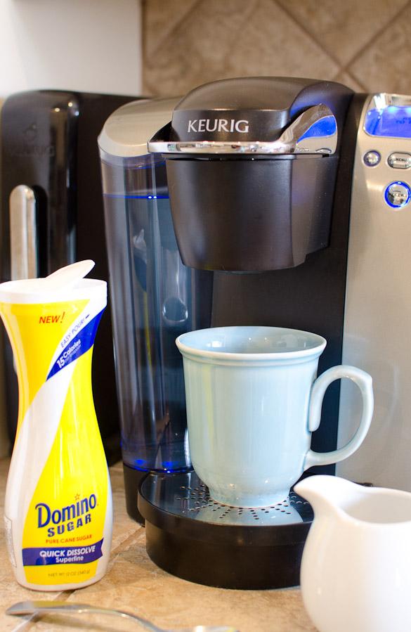 Domino® Quick Dissolve Superfine Pourable Sugar
