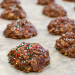 10 Minute Chocolate Peanut Butter No-Bake Cookies