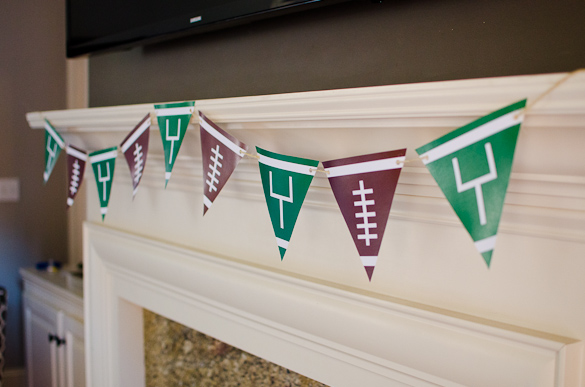 Free Printable Football Banner for your Super Bowl party or any football themed party!