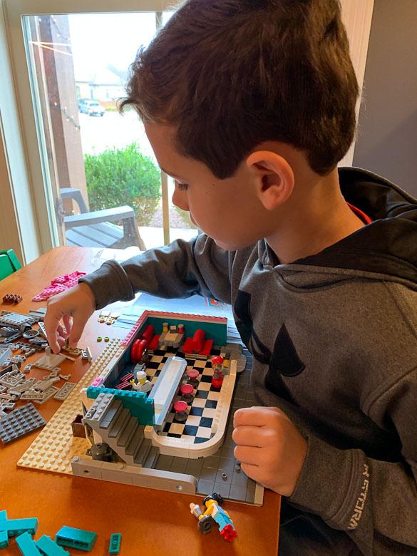 Downtown Diner LEGO Creator Expert Modular Set