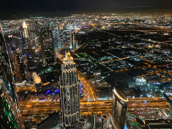 We recently had the opportunity to spend a week in Dubai, a city in United Arab Emirates. Below is a photo-heavy recap of what we saw and did in Dubai.
