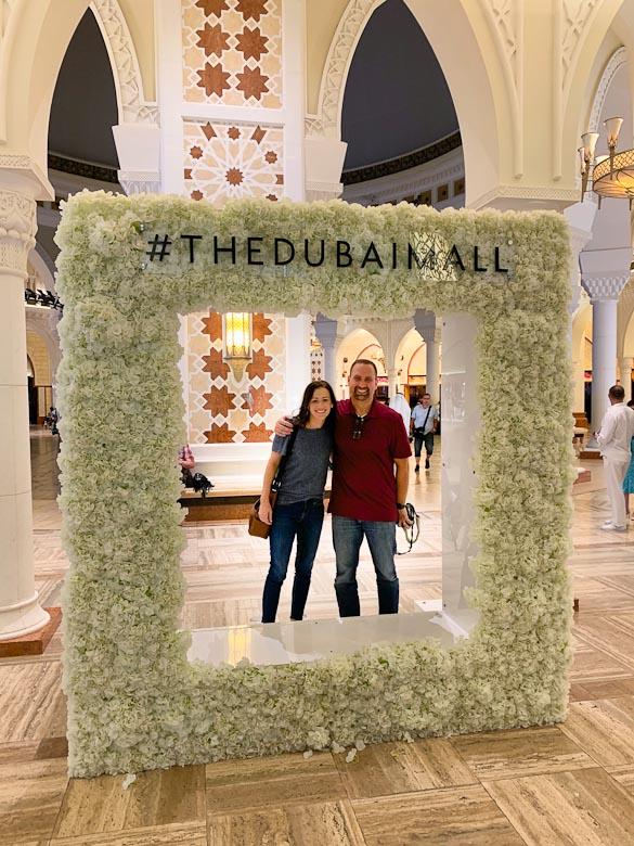 We recently had the opportunity to spend a week in Dubai, a city in United Arab Emirates. Read more for a photo-heavy recap of what we saw and did in Dubai.