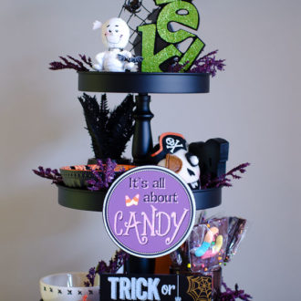 3-tiered halloween display