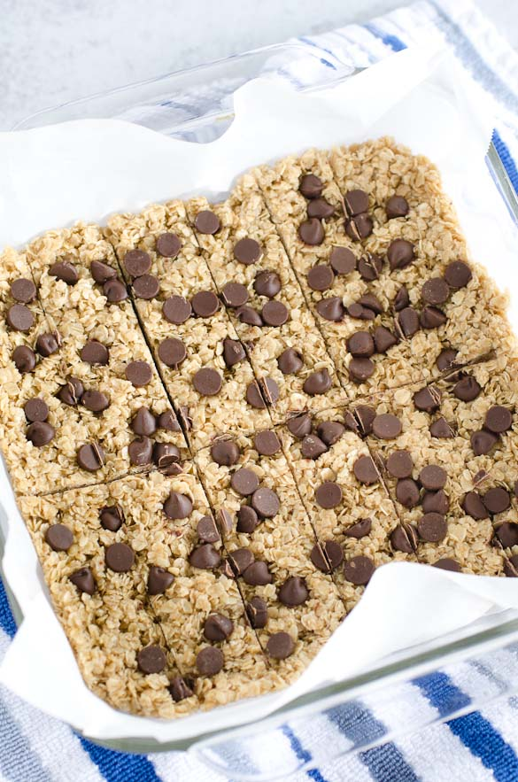 pan of sliced chocolate chip granola bars