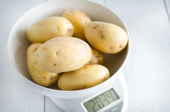 2 pound bowl of potatoes kitchen scale