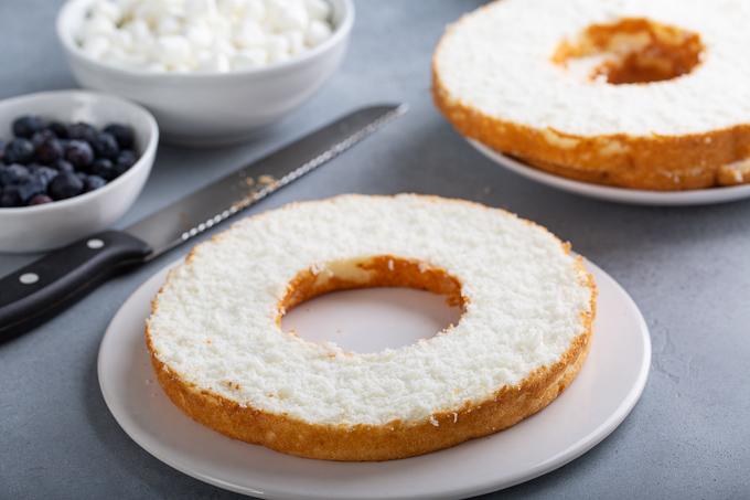 angel food cake layered