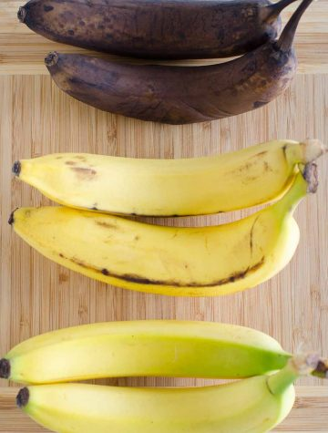 bananas in three ripe stages