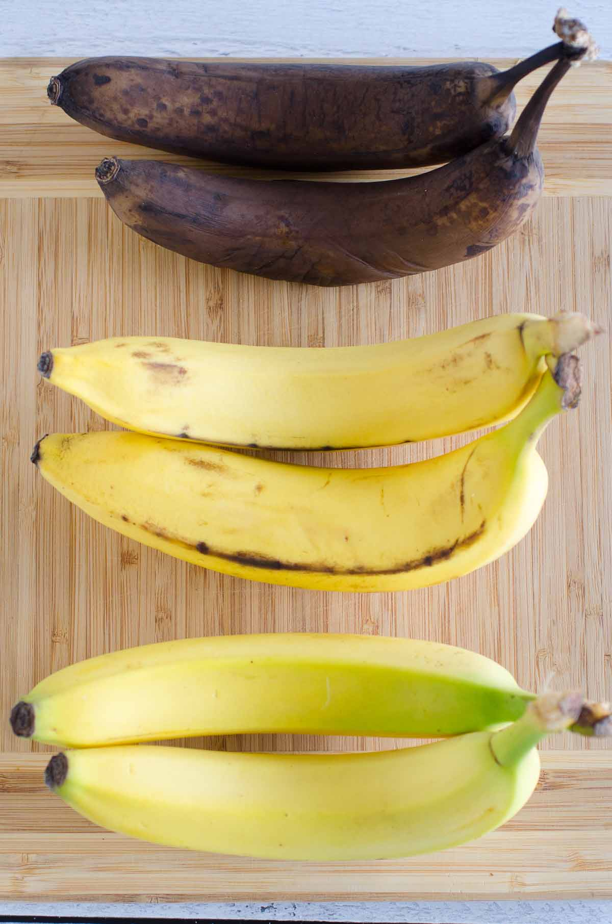 three ripen banana stages